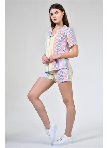 Rodi Jeans Kadın Şortlu Çizgili Pijama Takımı DS21YB666514 Renkli